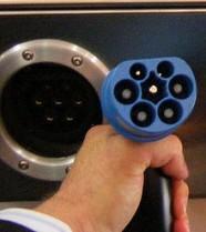 220px-VDE-AR-E_2623-2-2-plug